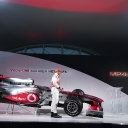 vodafone_mclaren_mercedes_mp4-25_launch_08